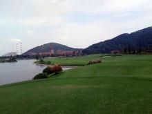 中国工場近くのゴルフ場