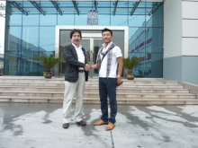 吉田輝ロンヨン工場訪問